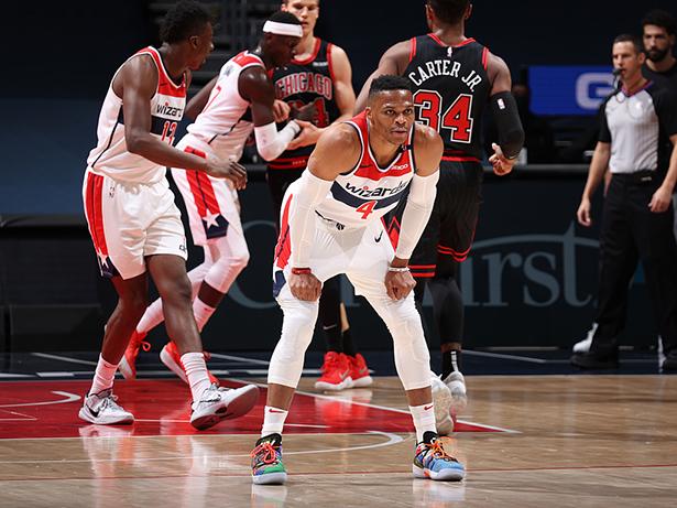Bill Kong ha segnato 29 punti, Bulls ha battuto Wizards con 8 punti per vincere la prima vittoria della stagione