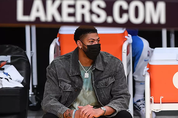 Anthony Davis salterà la partita Lakers vs. Pistons