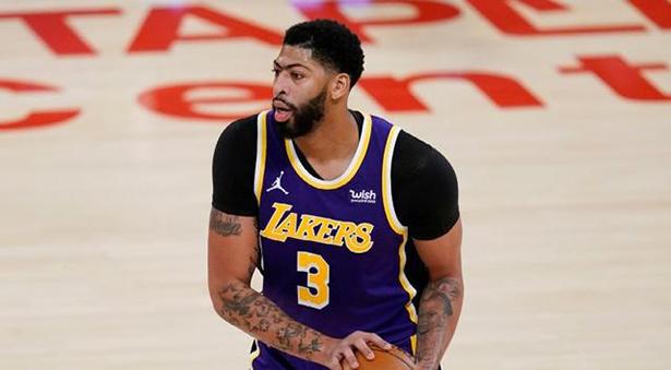 I Lakers si aspettano che Anthony Davis sarà assente per quattro settimane, non sicuri di quando tornerà Dennis Schroeder