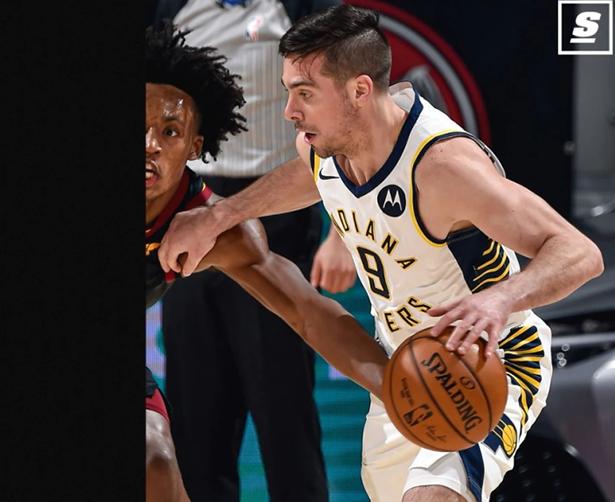 """TJ McConnell, il brutto anatroccolo della NBA: il playmaker """"pratico"""" che nessuno vuole fa la storia"""