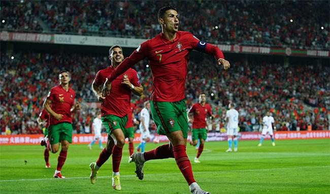 """Il Lussemburgo diventa il """"preferito"""" di Cristiano Ronaldo, il presidente ha indossato il cappello 58 volte nella sua carriera"""